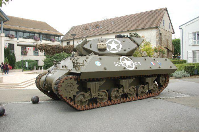 """Le """"Souffleur II"""" exposé à Alençon (61)"""