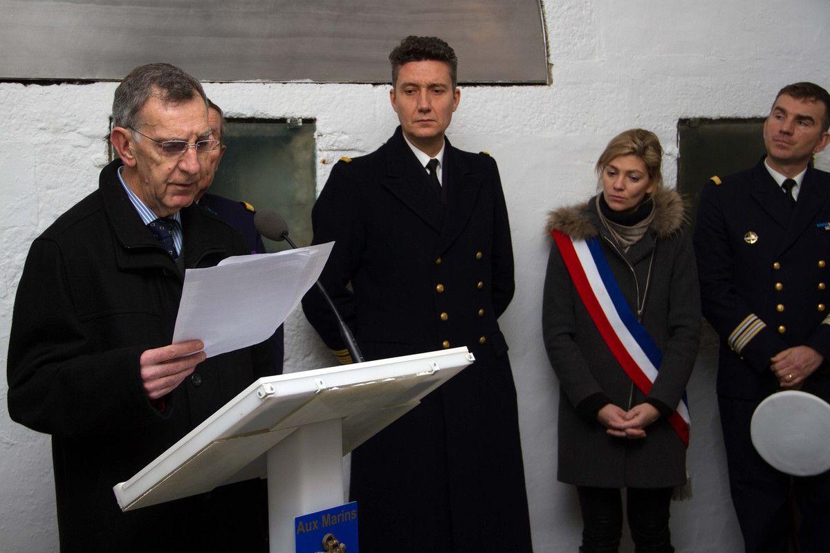 26 JANVIER 2016 - L'ÉCOLE DES MOUSSES VISITE LE MÉMORIAL DES MARINS MORTS POUR LA FRANCE