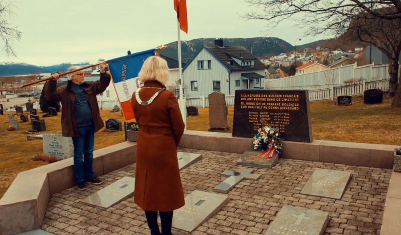 Photographie 1 : extraite de la vidéo - photographies 2 et 3 : Kjell Vidar Aune