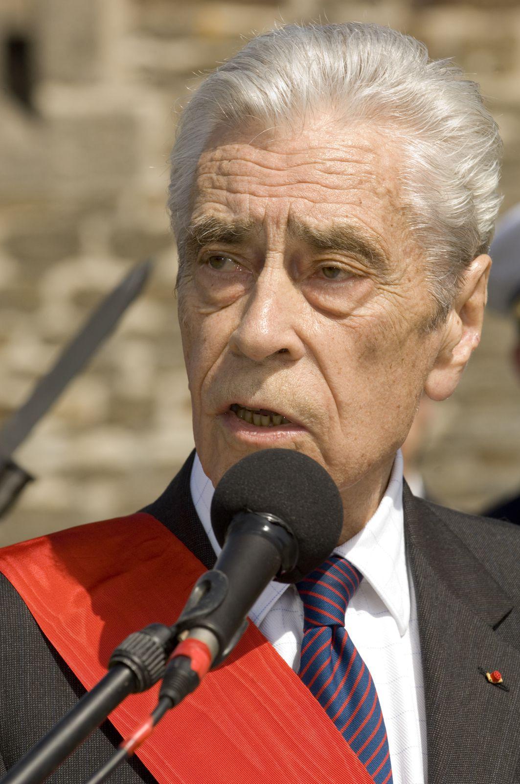 Yves Guéna - Mémorial national des marins morts pour la France