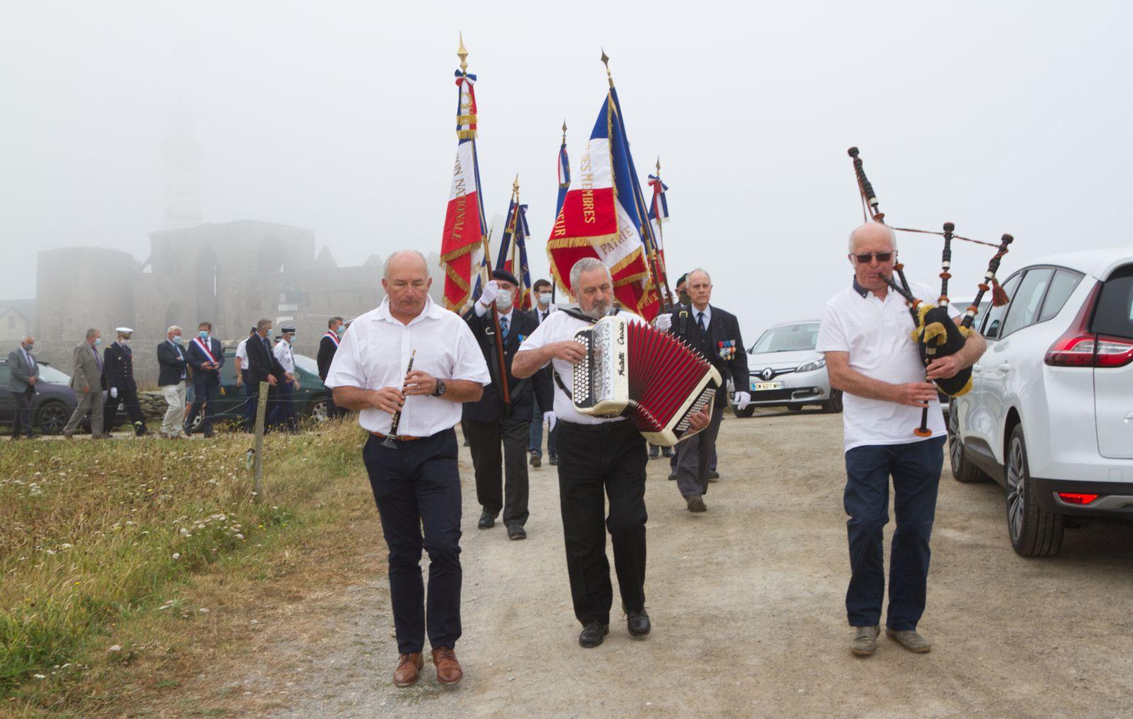 12 août 2020 - cérémonie d'hommage à l'amiral Émile Chaline