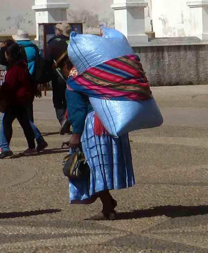 Quelques photos de costumes des femmes