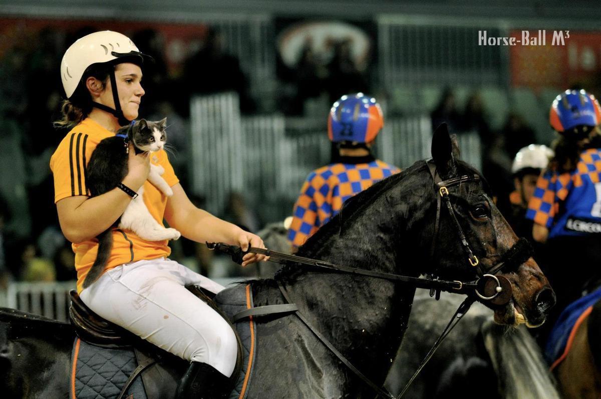 Lisa Bourdon : Le horse ball est une passion