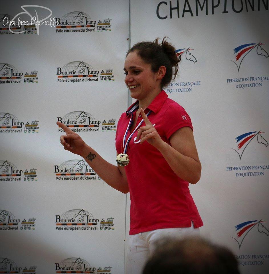 Lisa Bourdon, cavalière de horse ball, en Equipe de France