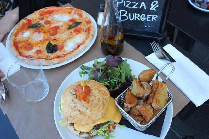 Hamburger végétalien et pizza Marguerite sans gluten