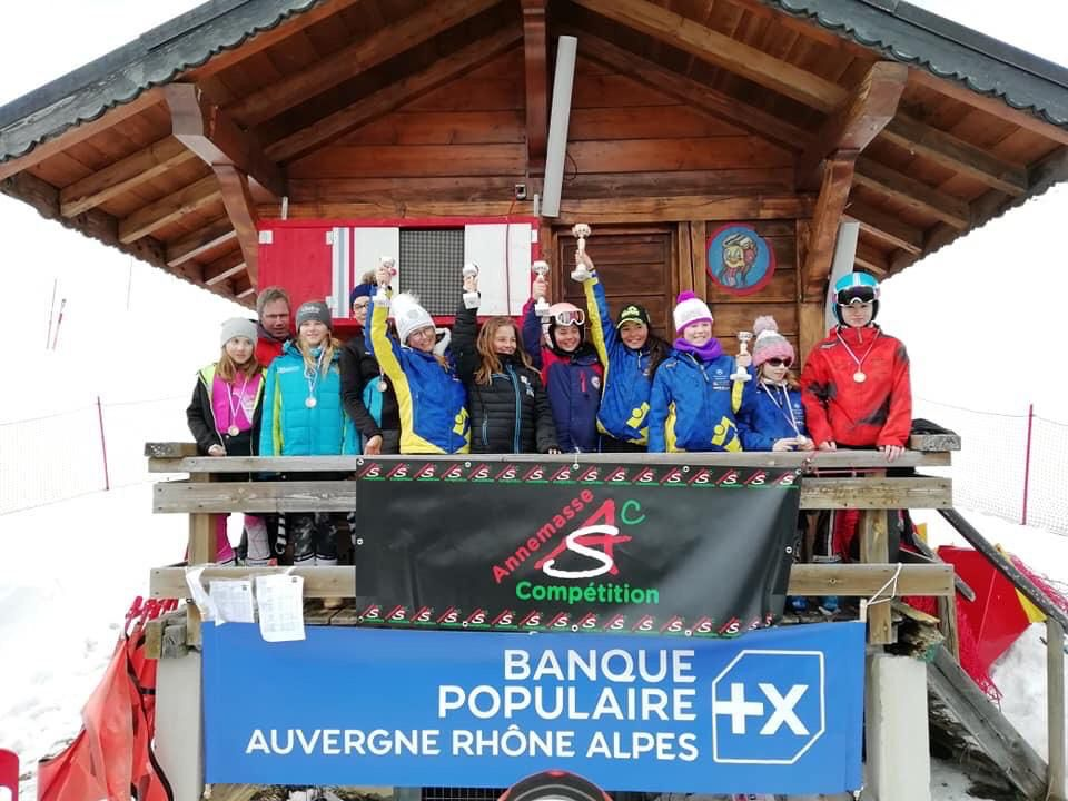 Le podium filles U12 de la coupe de Bronze district