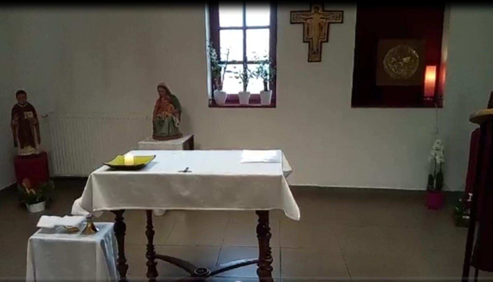 Suivre en différé les messes du Prieuré