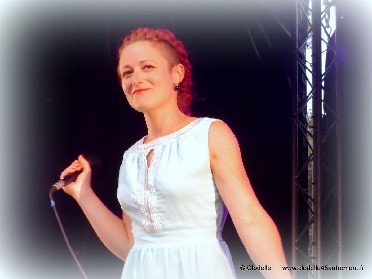 - IMAGES DE CATFISH Le Grand Unisson à St Jean de la Ruelle le 13 juin 2014