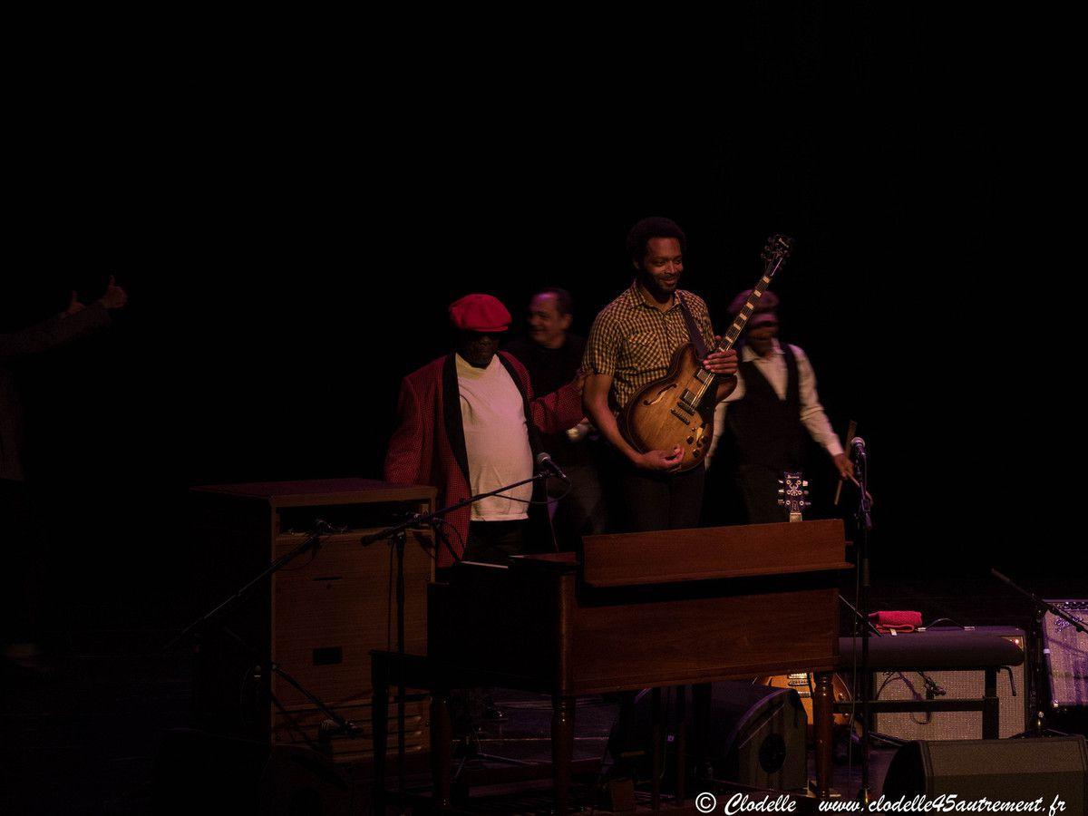 LUCKY PETERSON A JAZZ OR JAZZ : générosité, peps et bonhomie d'un bluesman de légende