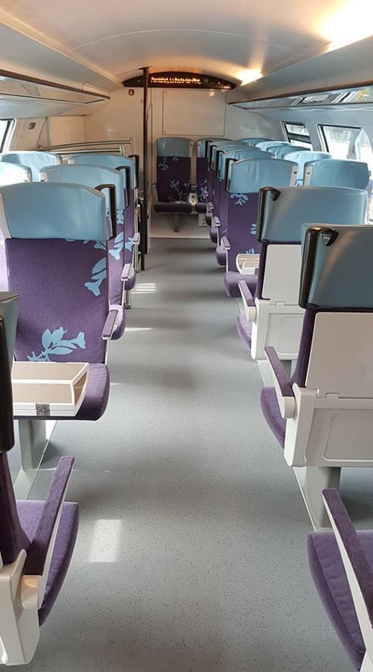 """TRAIN VÉLO LOIRE 2018 : De nouveaux trains Region2N doté de l'option """"Jumbo Vélo"""" remplacent d les trains Corail"""