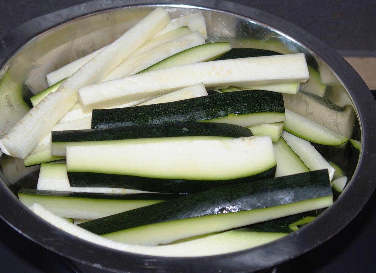 Pâtes aux courgettes et lardons