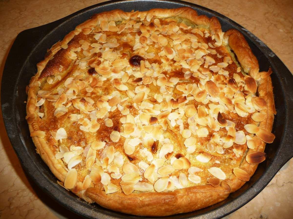 Gâteau crémeux aux pommes caramélisées