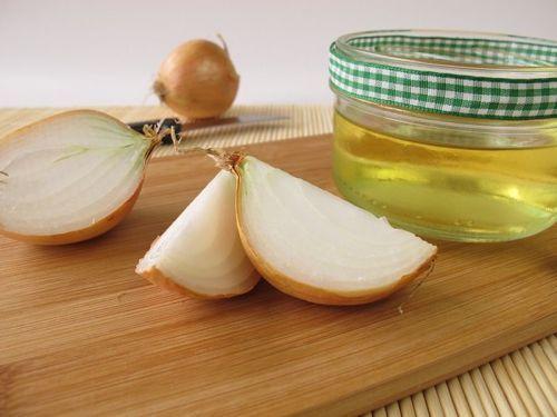 Aceite de oliva y jugo de cebolla para el crecimiento del cabello
