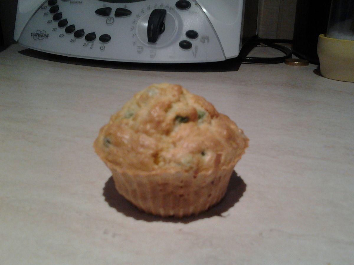 Muffin salé poisson,maïs et petit pois