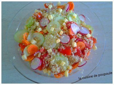 Salade de boulgour, quinoa, carotte, radis, concombre et comté
