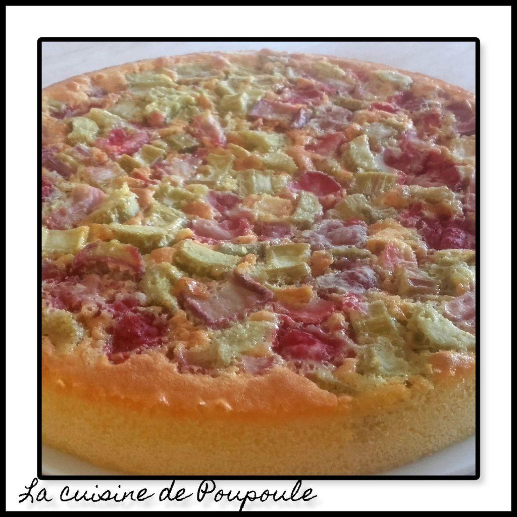 Gâteau au yaourt sans gluten fraise rhubarbe au thermomix ou sans