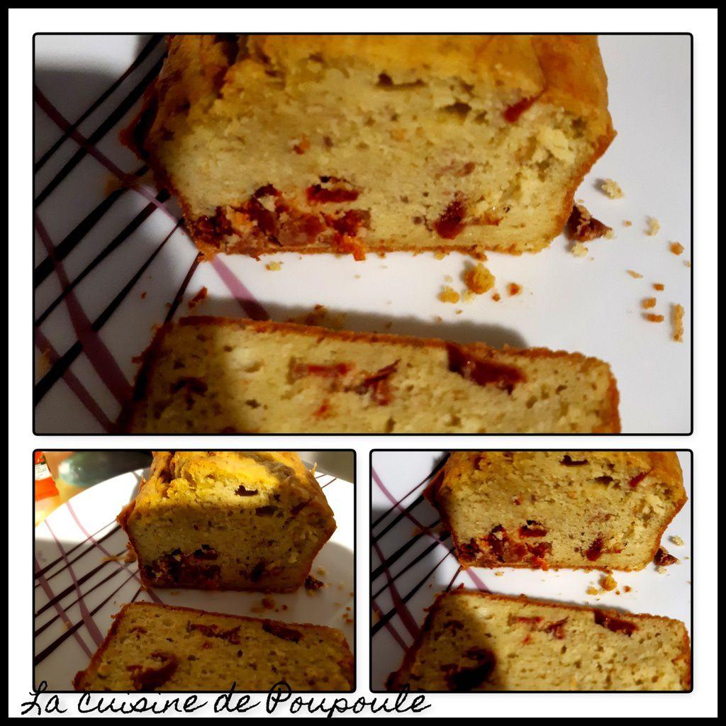 Cake salé au chèvre frais, tomates séchées et pesto basilic