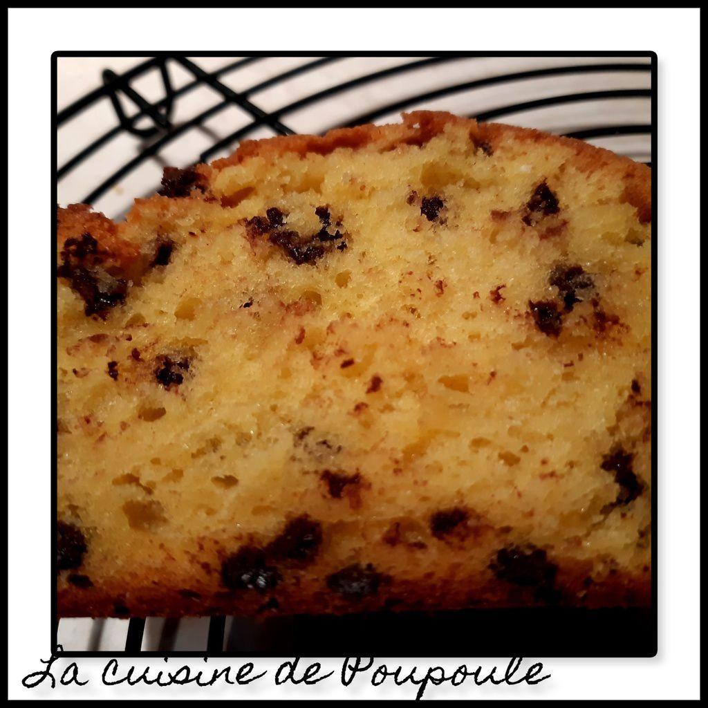 Cake aux petits suisses et pépites de chocolat