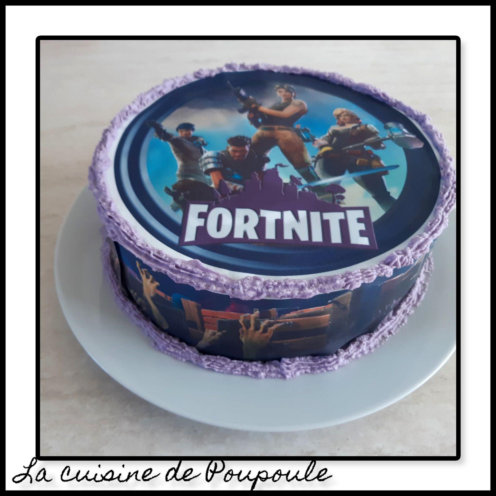 Gâteau Fortnite (molly cake au chocolat, ganache noix de coco)