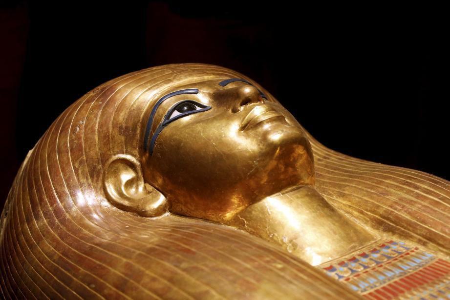 Un sarcophage représentant le Pharaon.