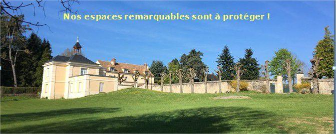 """La zone classée Naturelle devant l'entrée du manoir de l'école et la prairie de Launay de 2,45 ha zone classée Naturelle Protégée, au PLU elles seront classées """"zone Urbanisable"""" !"""