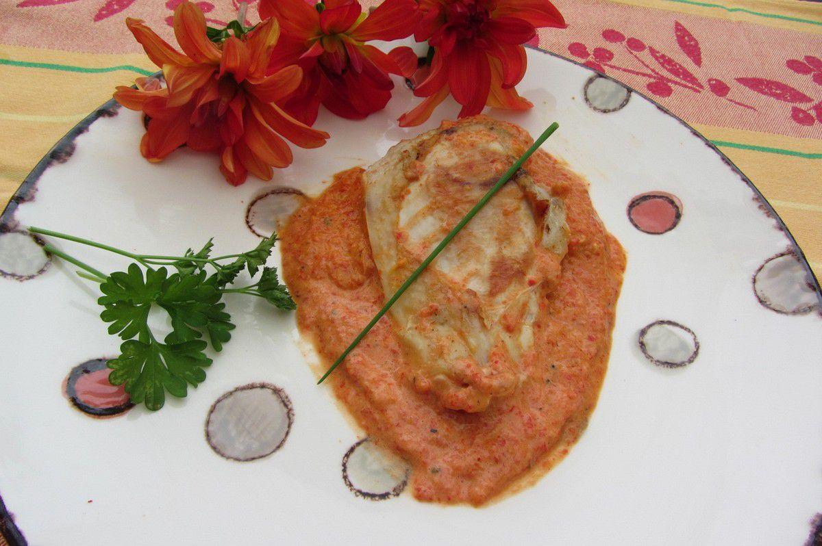 Filet de pintade à la crème de poivron