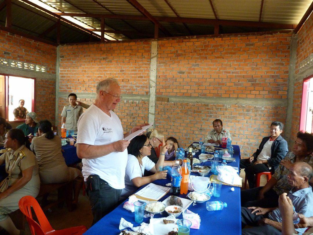 """Pakse-inauguration de l'école à Oudom Souk avec """"La Toupie"""""""