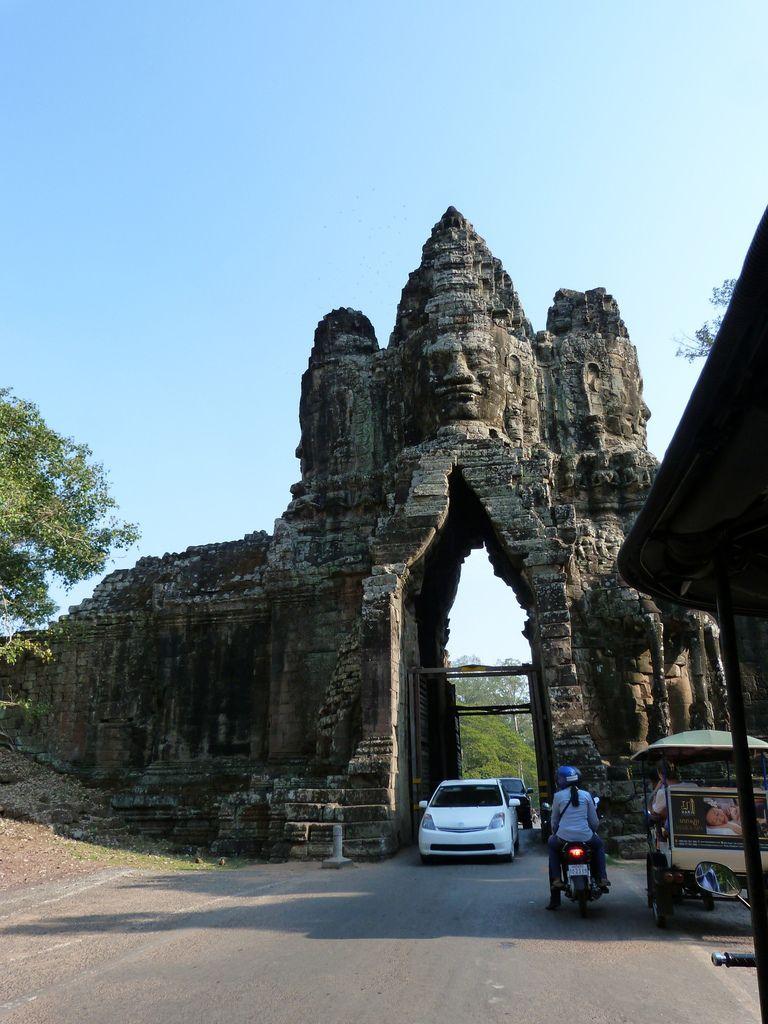 PHNOM PENH, BATTAMBANG, et SIEM REAP pour le final ( ANGKOR WAT)