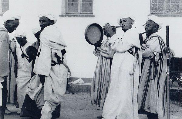 Une anthologie de musiques marocaines retrouvent jeunesse grâce à Paul Bowles.
