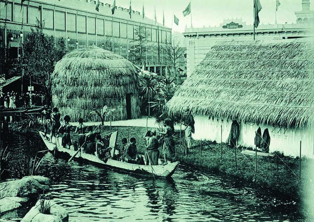 """Los congoleños debían mostrar allí sus oficios """"tradicionales"""", confirmando la imagen y el estereotipo del """"africano primitivo""""."""