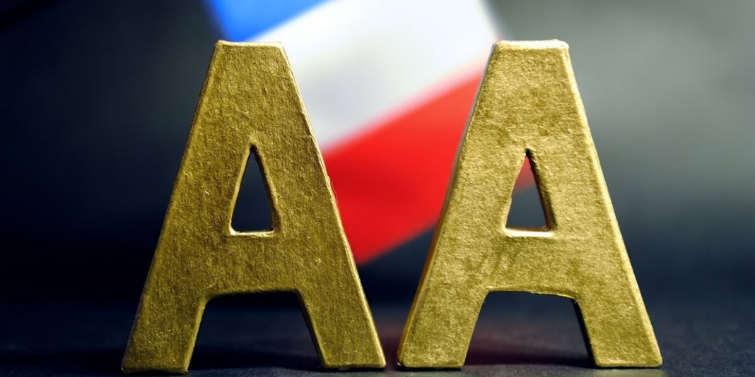 Fitch abaisse la note de la France de AA+ à AA
