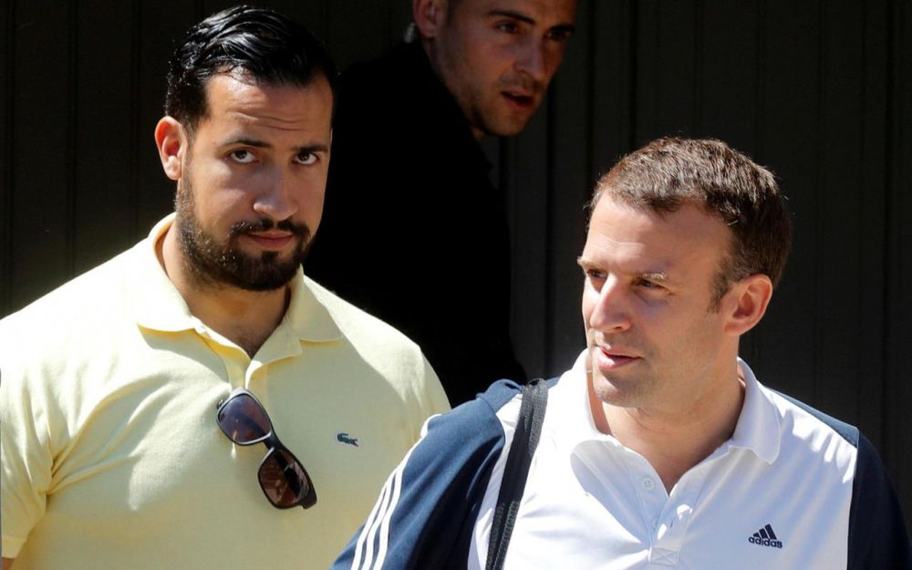 Affaire Benalla : les troublantes coulisses d'une interview