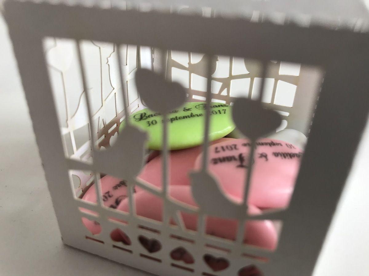 cadeau de mes petits clients, boite à dragées forme cage à oiseau, dragées chocolats personnalisées