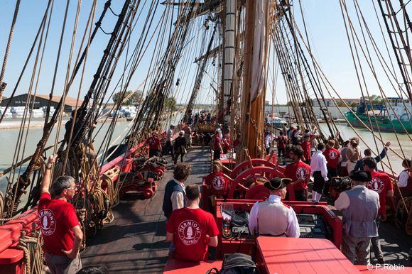L'Hermione, à quai, au port de La Pallice - Photo : Association Hermione La Fayette - P. Robin
