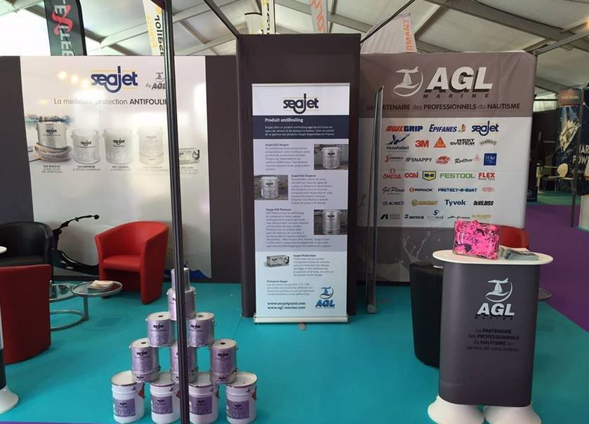 Stand AGL Marine, peu avant l'ouverture du Salon Internatonal du Multicoque....