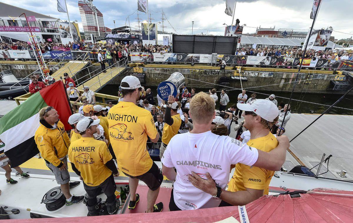 Abu Dhabi Ocean Racing remporte la Volvo Ocean Race 2015
