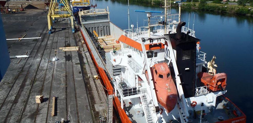 Le para-pétrolier offshore en vedette au Port de Caen Ouistreham (14)