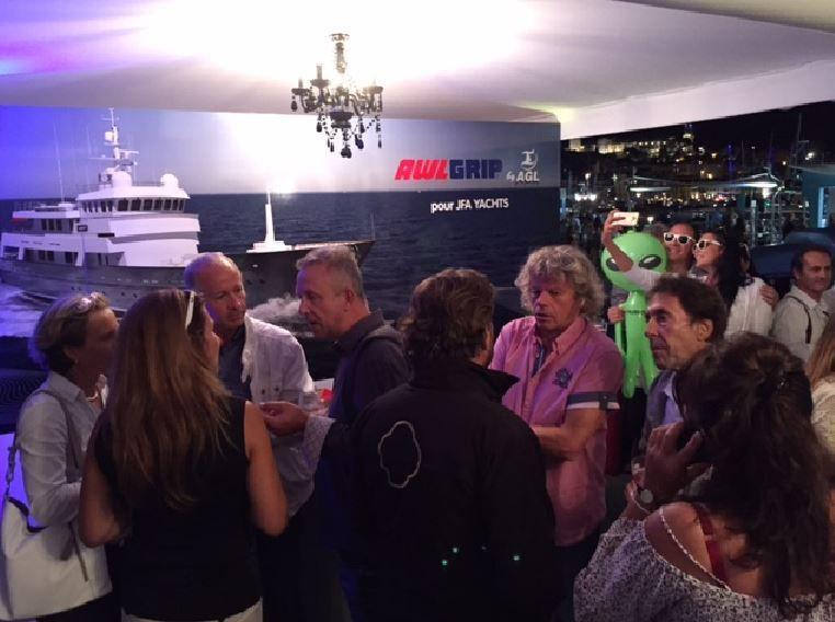 Yachting Festival - plus de 200 invités au barbecue d'AGL Marine