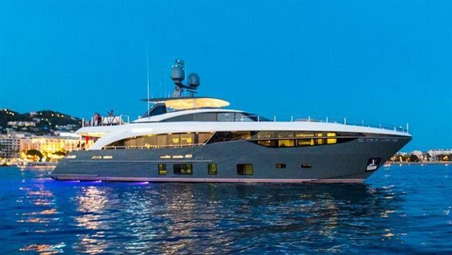 Monaco Yacht Show - Princess 35M, et que la lumière soit !