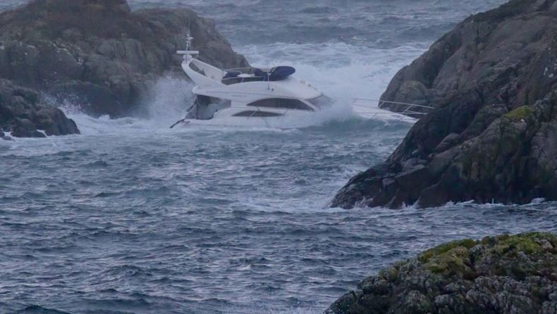 46 feet Princess Yacht smashed from the deck of cargo ship Kristian With off Norway