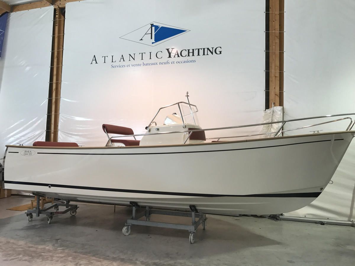 Rhéa 23 Open chez Atlantic Yachting