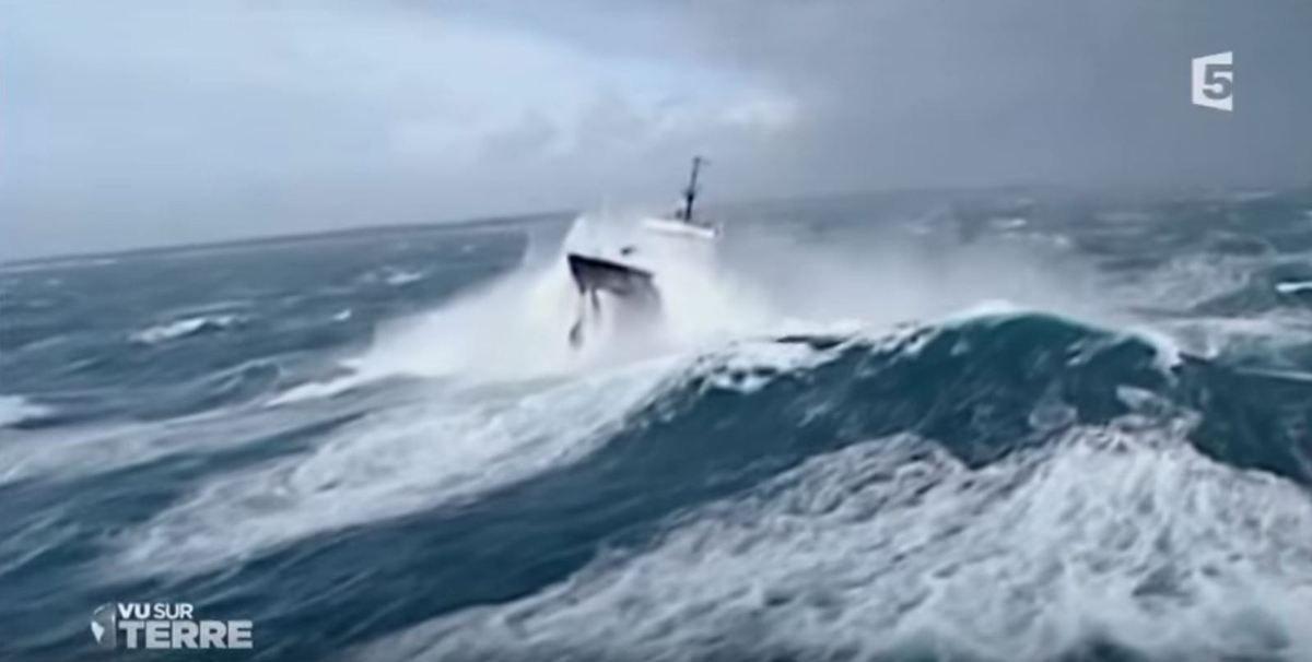 VIDEO - Jean Bulot, commandant du premier remorqueur de haute mer français, l'Abeille Flandres