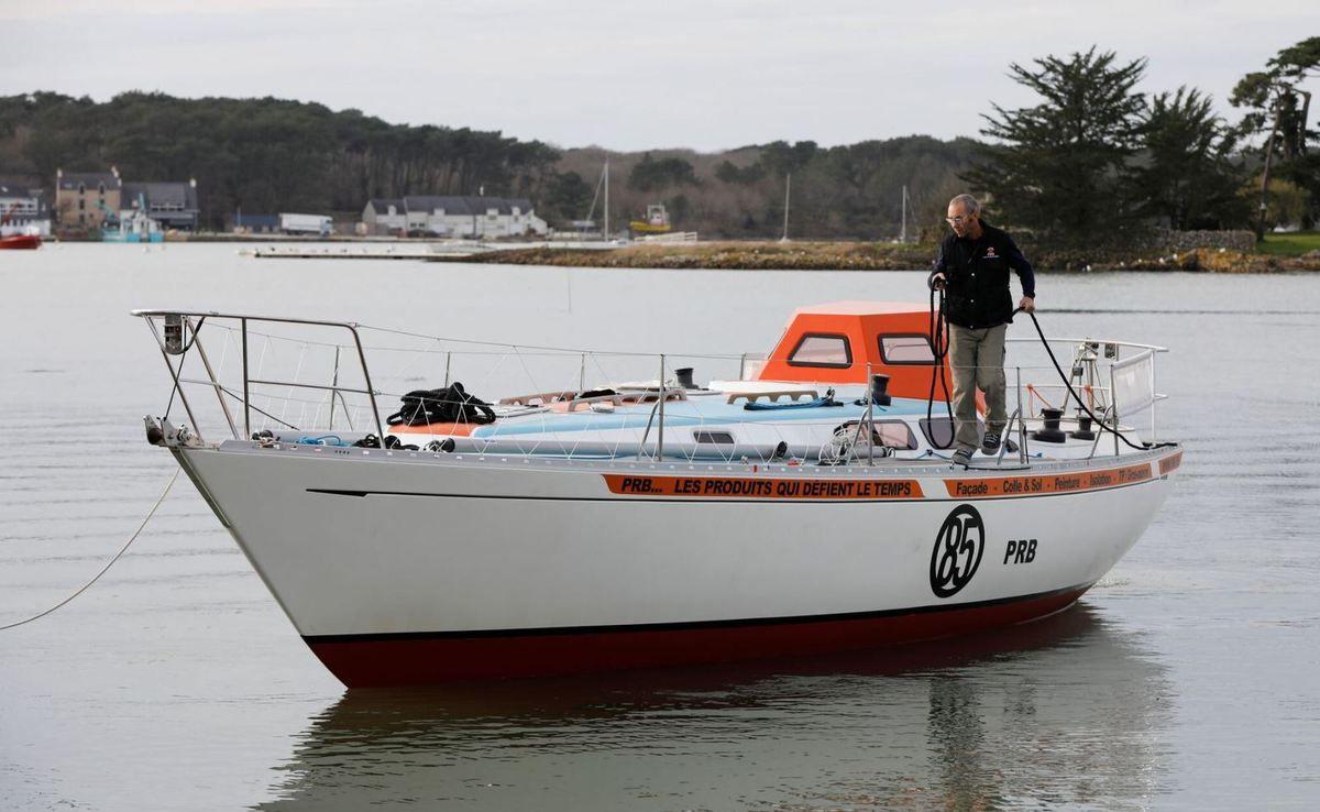Golden Globe Race - le Rustler 36 PRB de Philippe Péché mis à l'eau à La Trinité sur Mer