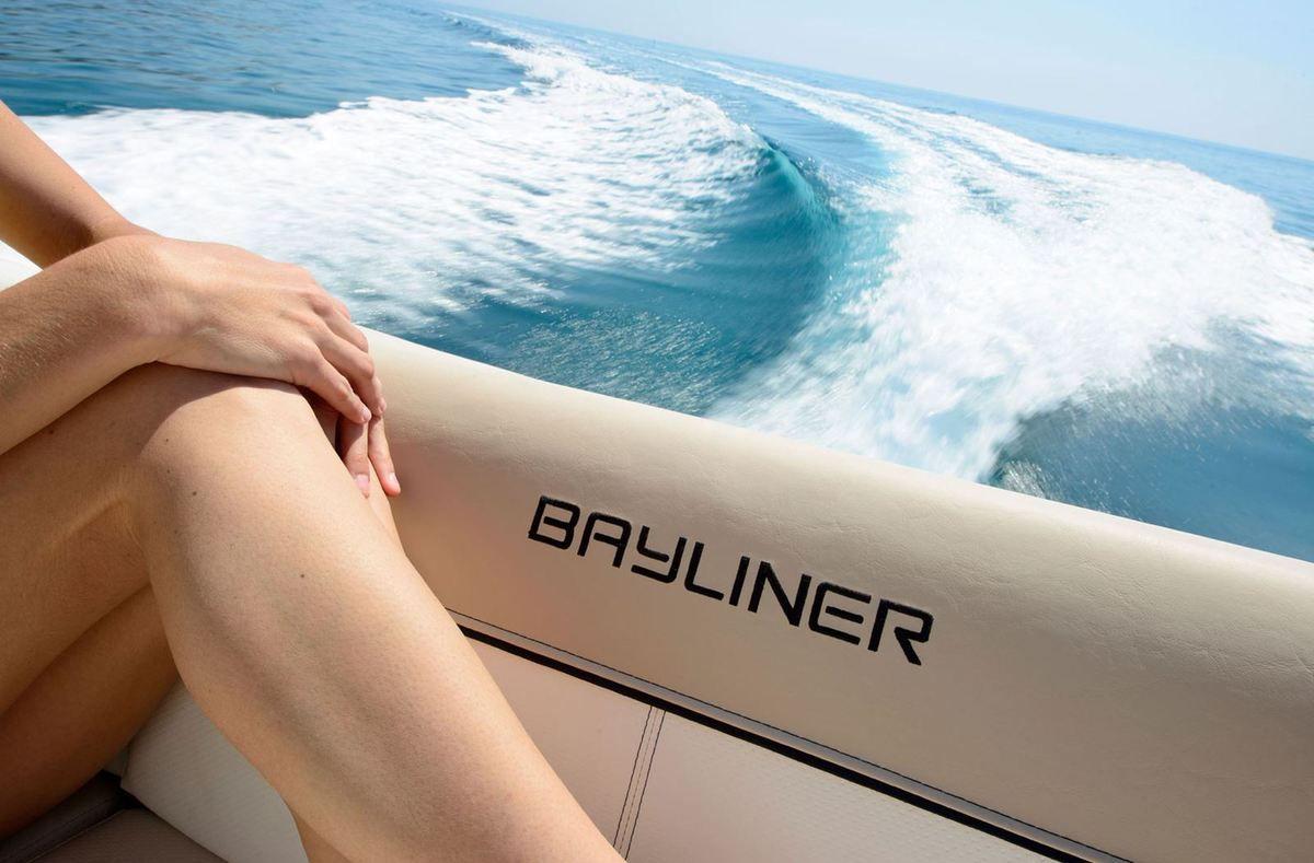 Scoop - 6 nouveautés chez Bayliner pour la rentrée, et 1 série spéciale !!