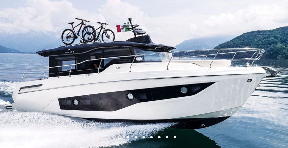 European Powerboat of the Year 2019 - Nominé : Cranchi Crossover T 36