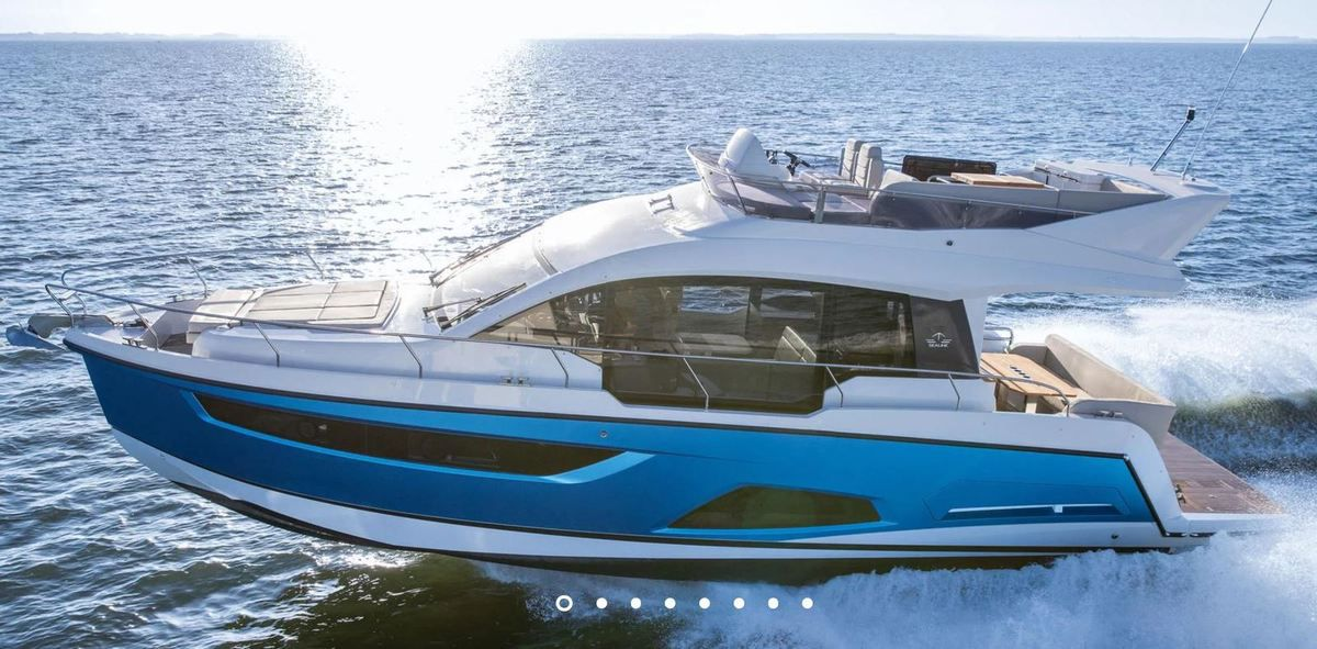 European Powerboat of the Year 2019 - Nominé : Sealine F430