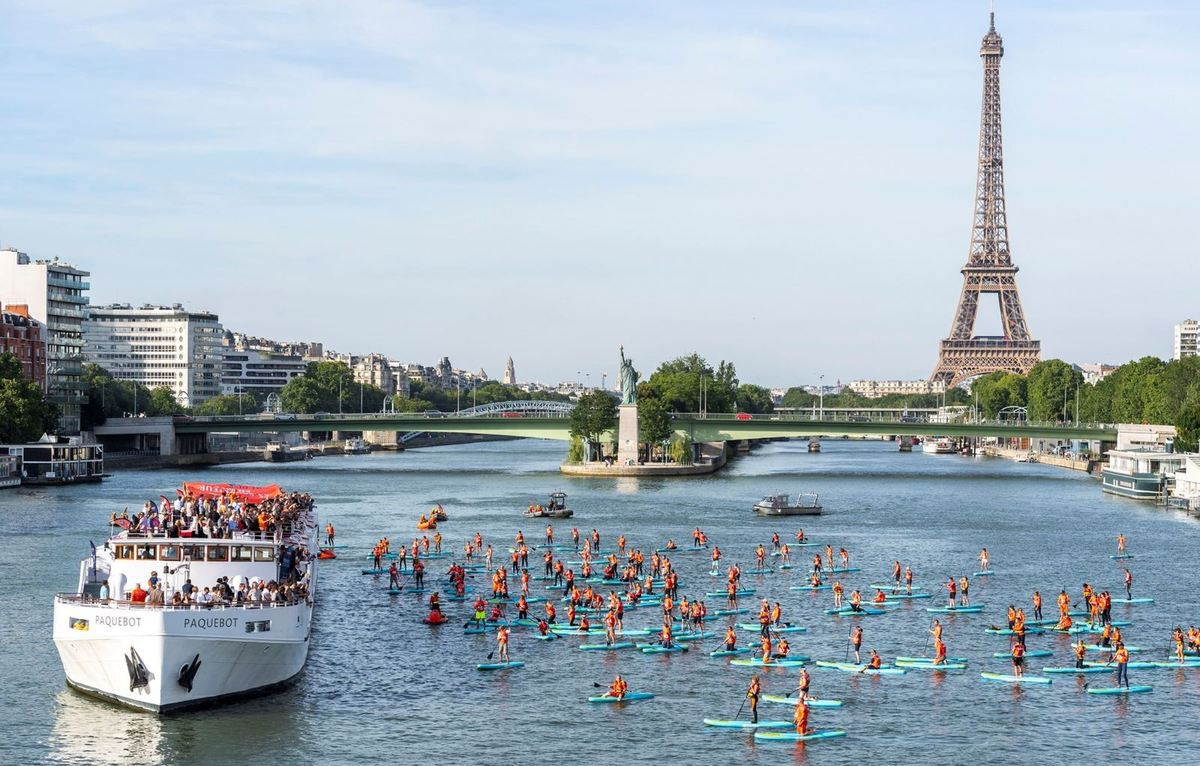 L'Armada du Sauvetage à Paris avec plus de 150 sauveteurs en paddle sur la Seine ! - photo : Julien Gazeau