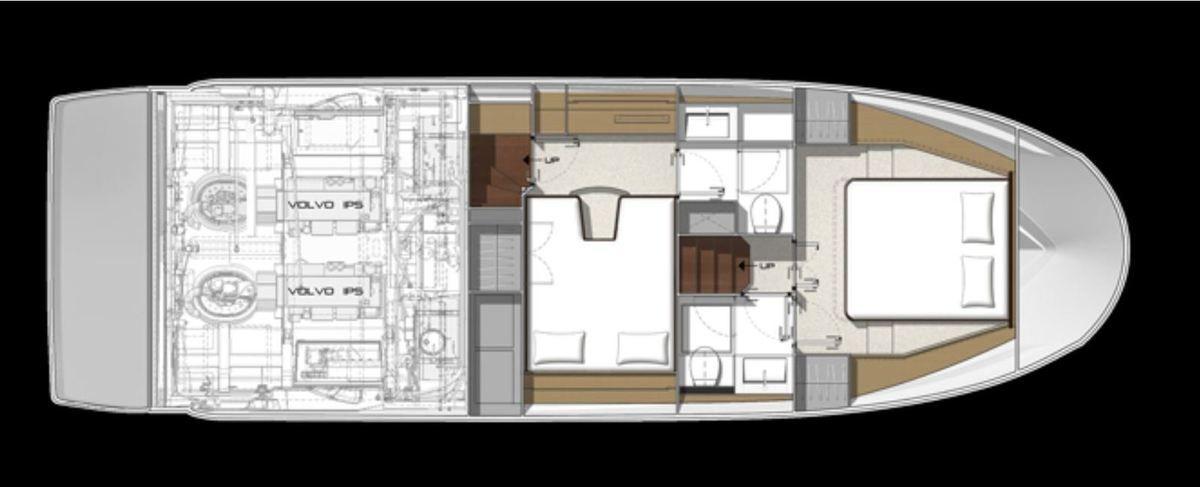 Prestige 420 ancienne génération : un modèle dont l'aménagement du carré se caractérisait par 2 accès distincts entre la cabine propriétaire et la cabine invités
