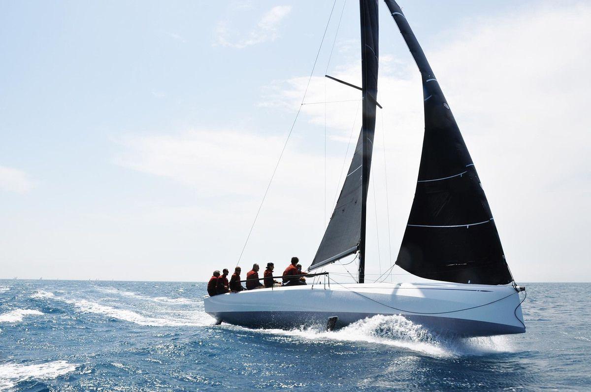 Qui sont les 18 voiliers concourant au titre de European Yacht of the Year 2020 ?