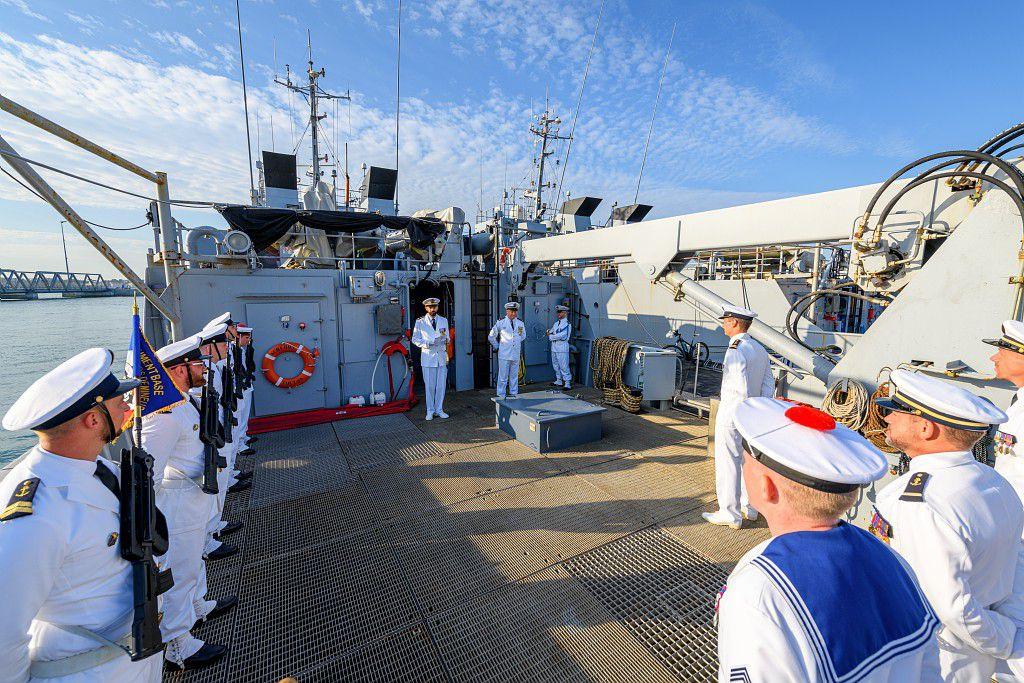 Un nouveau commandant pour l'Achéron, bâtiment base de plongeurs démineurs de la Marine Nationale